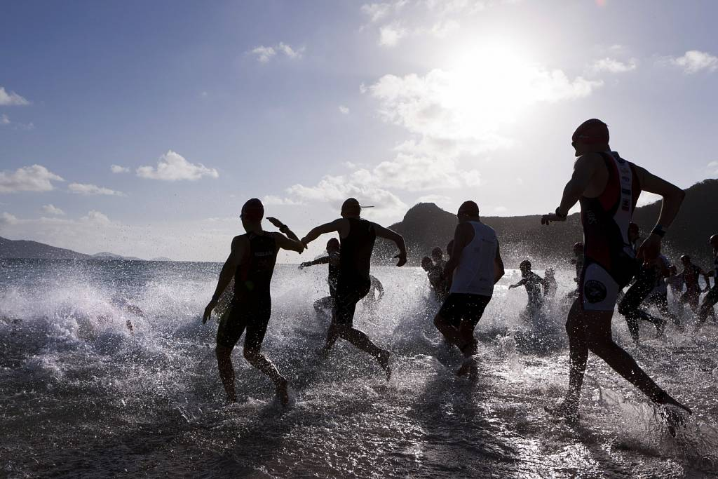 Hamilton Island Endurance Series - Triathlon - Swim