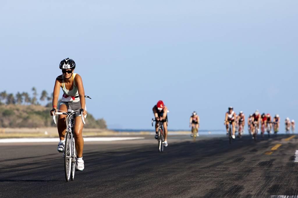 Hamilton Island Endurance Series - Triathlon - Bike
