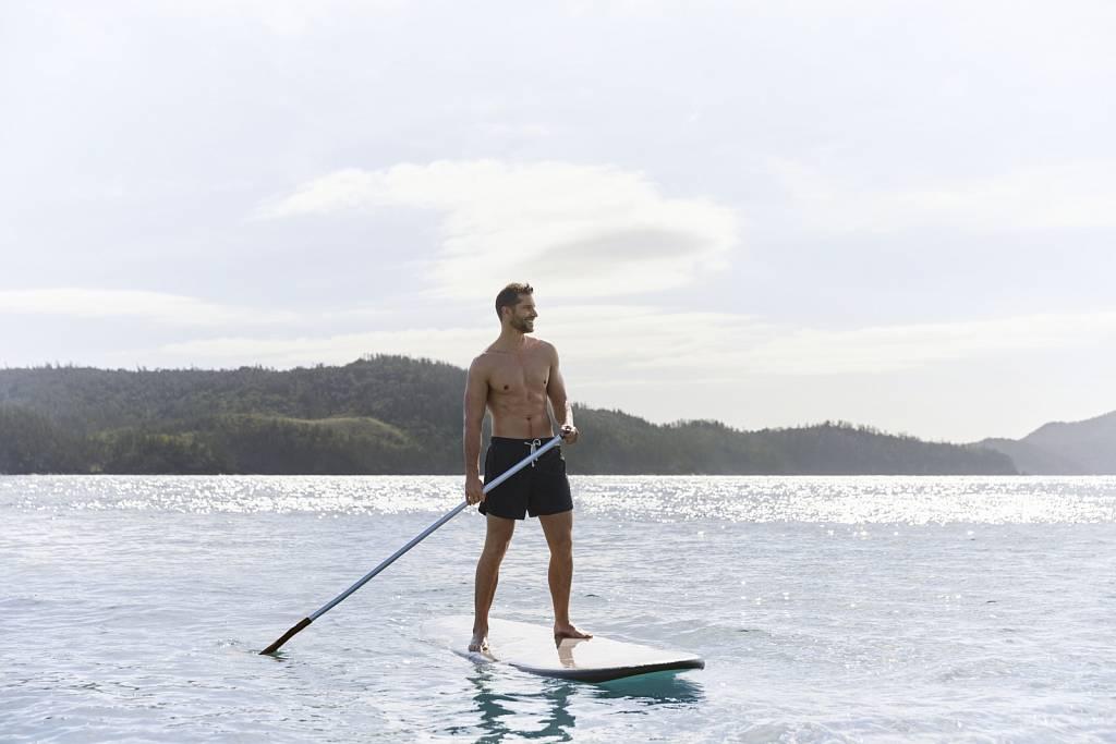 Paddle Boarding Catseye Beach